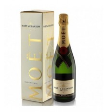 Champagne Moet&Chandon...